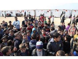 İHHdan Suriyede 10 bin kişilik kamp