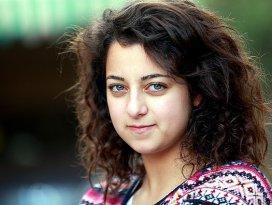 Gazzenin sesi: Twitter fenomeni Ferah Beker