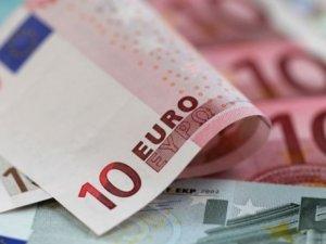 Euro çakıldı: 9 yılın dibinde