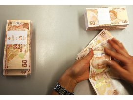 Sınır 7 bin 900 lira