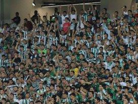 Torku Konyaspor'un yıldızı taraftarlar oldu