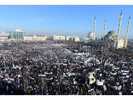 Çeçenistanda Charlie Hebdo protestosu