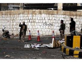 Husiler Cumhurbaşkanlığı Muhafızları ile çatışıyor