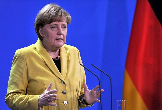 Merkelden reform çağrısı