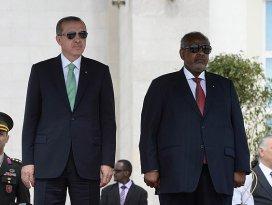 Erdoğan Cibutide resmi törenle karşılandı