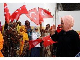Türkiye sömürgeci zihniyetle hareket etmiyor