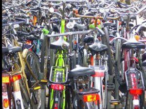 Mutlu olmak için bisiklet sürün