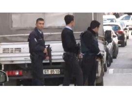 İstanbulda polise silahlı saldırı