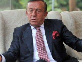 Ağaoğlu: Ak Partiyi sandıkta yenemeyenler...