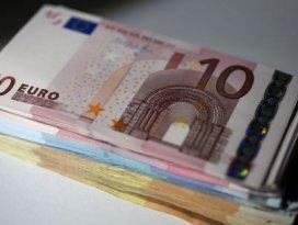Solcu lider geldi, Euro tepetaklak oldu