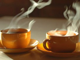 Tiryakilere şok! Sıcak çay kanser yapıyor