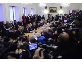 Moskovada Suriye için toplandılar