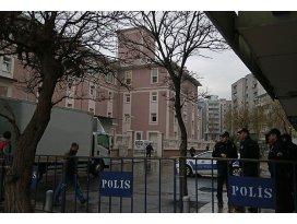 İzmir merkezli operasyonda 20 gözaltı