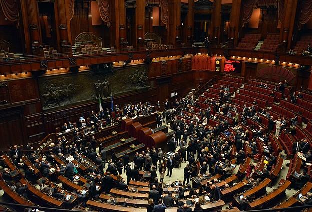 İtalyanın yeni Cumhurbaşkanı Mattarella