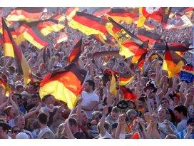Alman futbolunda oruç tartışması
