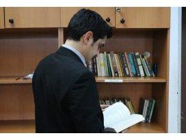 Kütüphane gibi mahkeme