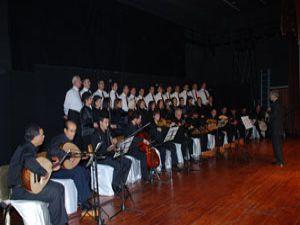 Meramda Nisan Bir konseri