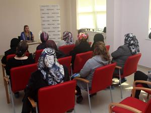 Hanımlara çocuk eğitimi ve çocuklarla etkili iletişim eğitimi