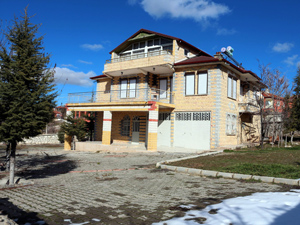 Gurbetçilere ait 8 evi soyan şüpheliler yakalandı