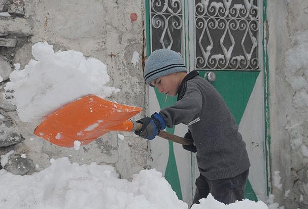 Erzurumda öğrenciler eğitime başlayamadı