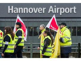 Almanyada havalimanlarında uyarı grevi
