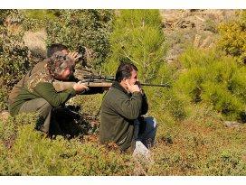 Avcılardan kırsal bölgelere 875 bin lira destek