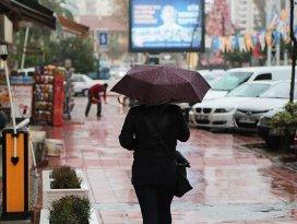 Ilık ve yağışlı hava geliyor