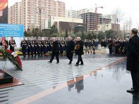 Hocalı Katliamı Baküde resmi törenle anıldı