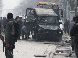 Türk koruma timinin aracına saldırı: 1 şehit