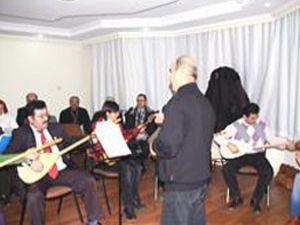 Emekliler müzikle hayata bağlandı
