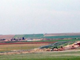 Nusaybinde Suriye sınırına hendek kazılıyor