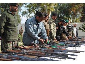 Afganistanda Talibanla barış görüşmeleri başlıyor