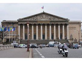 Fransızlar, parlamenterlerin Esed ile görüşmesine tepkili