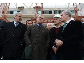 Fatih Terim Timsah Arenayı gezdi