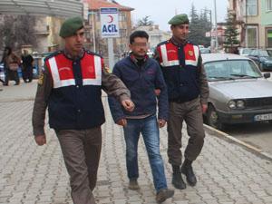 Alacağını isteyen Afganlıyı darp edince tutuklandı