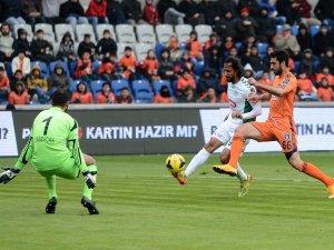 Torku Konyaspor deplasmandan puan çıkardı