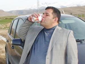 Bu adam 19 yıldır su içmiyor