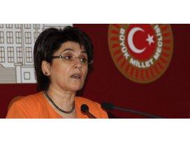 Öcalan'ın mektubunu Barzaniye götürecek