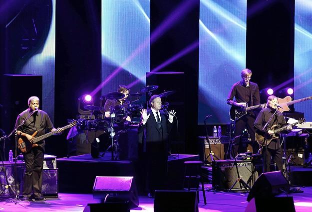 Julio Iglesias konserine büyük ilgi