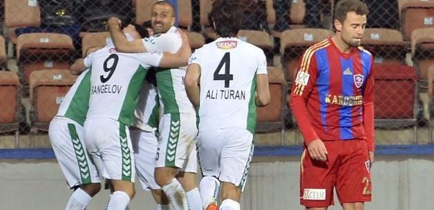 Konyaspor, Karabükü dibe itti