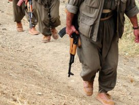 Teröristlerden makineli tüfeklerle saldırı!
