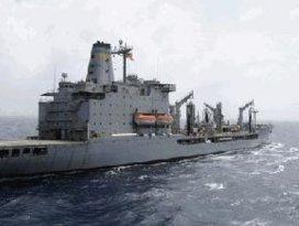 Savaş gemileri harekete geçti!