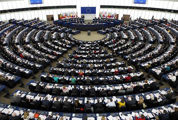 Avrupa Parlamentosu denge arayacak