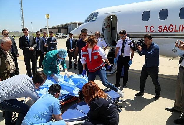 Yaralı Türk vatandaşları Ankaraya getirildi