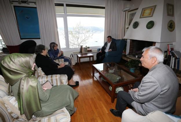 Yaşar Kemalin eşini ziyaret etti
