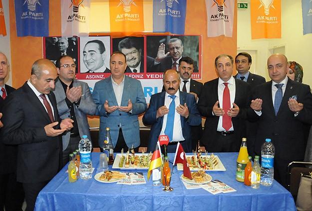 AK Parti Berlin Seçim Koordinasyon Merkezi açıldı