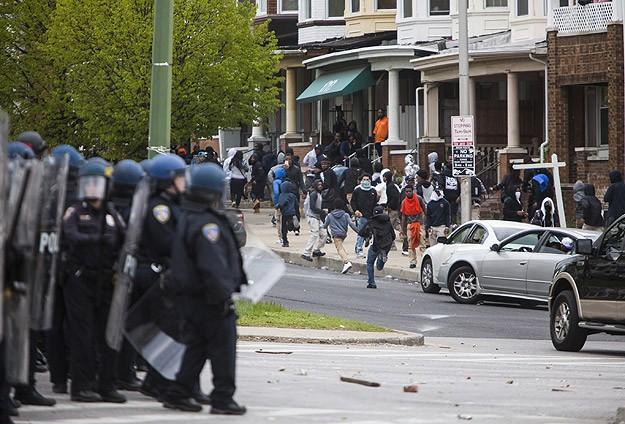 Baltimoreda olağanüstü hal ilan edildi