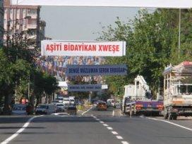 Diyarbakırda dikkat çeken Erdoğan pankartları