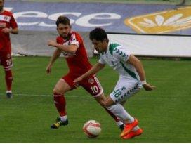 Anadolu Selçukspor sezonu bitirdi; 1-1