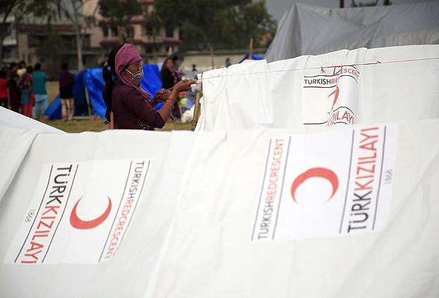 Türk Kızılayının Nepalde yardımları sürüyor